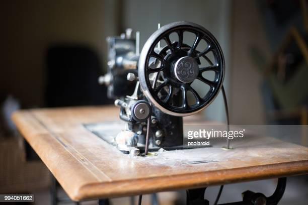 sewing machine of hunter hotel - ミシン ストックフォトと画像