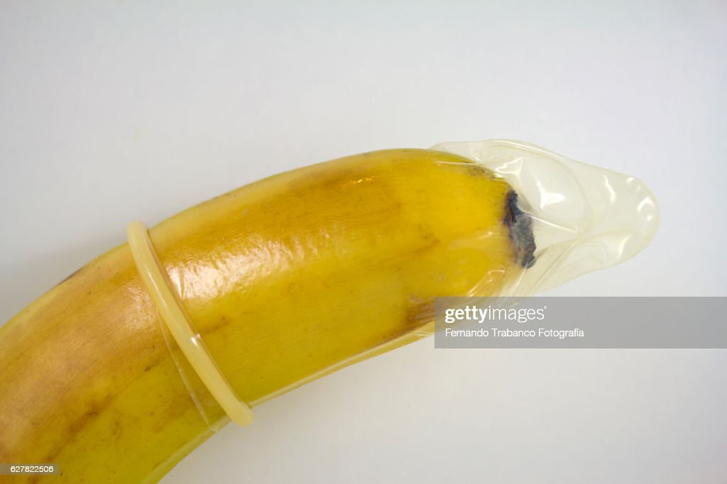 Sex education to learn how to use a condom : Stock Photo
