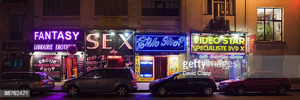 sex shops at pigale, paris, france - red light district stock-fotos und bilder
