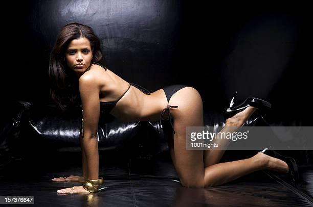 sexy chica - brasileño fotografías e imágenes de stock