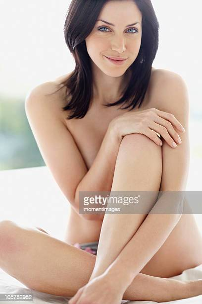 sexy woman - dressed undressed fotografías e imágenes de stock