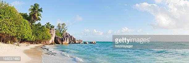 Seychellen Anse Source d'Argent idyllischen tropischen Insel Strand mit Palmen