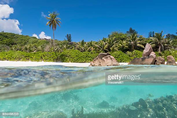 Seychelles, La Digue, Indian Ocean, Anse Cocos, beach, split shot
