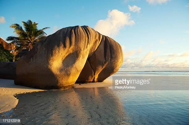 Seychelles La Digue Island Anse Source d'Argent Boulder