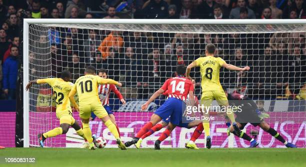 Seydou Doumbia of Girona scores their 3rd goal during the Copa del Rey Round of 16 match between Atletico Madrid and Girona at Wanda Metropolitano on...