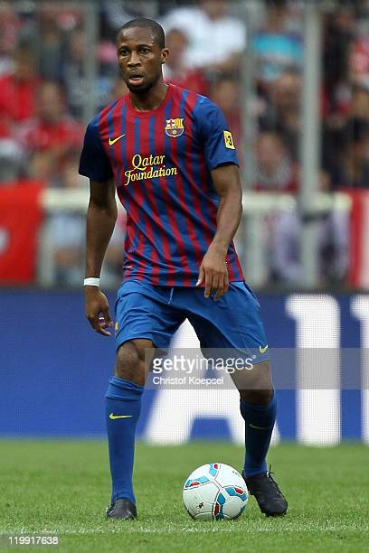 Seydou Keita of Barcelona runs with the ball during the Audi Cup match between FC Barcelona and International de Porto Alegre at Allianz Arena on...