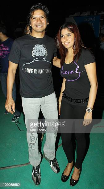 Shaan with wife Radhika at rock star Bryan Adams Live in Concert India Tour at MMRDA Grounds Bandra Kurla Complex in Mumbai
