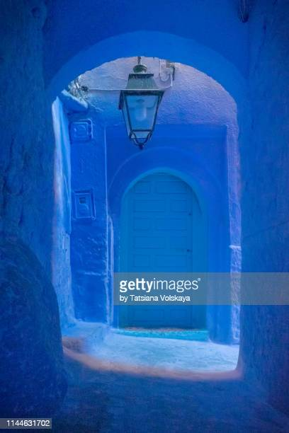 shades of blue architecture abstract background, blue city chefchaouen, morocco, - chefchaouen photos et images de collection