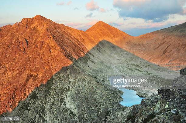 shadow of mountain - pirin national park stock pictures, royalty-free photos & images