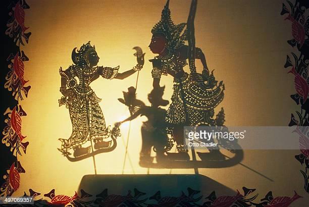 shadow puppet play, wayang kulit - shadow puppet stockfoto's en -beelden