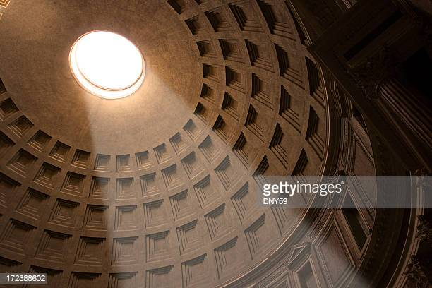 Shaft of light shining through oculus of Pantheon