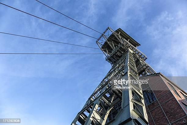 Der coal mine shaft tower