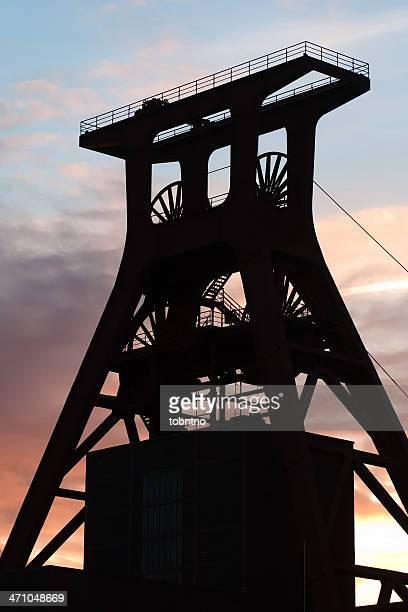 shaft tower (Silhouetten