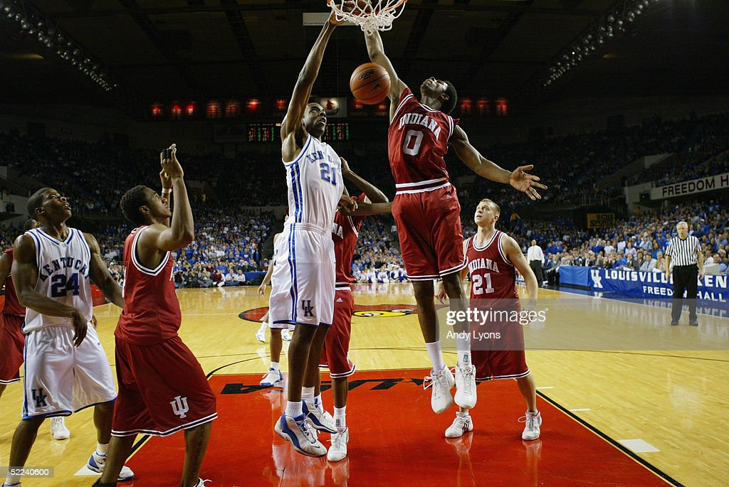 Indiana Hoosiers v Kentucky Wildcats : News Photo