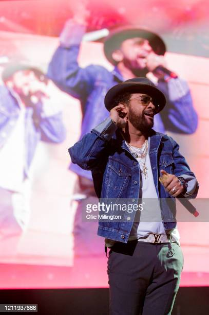 Shaggy performs onstage during Kisstory, The Blast Off Tour at The O2 Arena on March 11, 2020 in London, England.