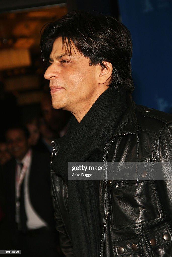 "The 58th Berlinale International Film Festival - ""Om Shanti Om"" - Photocall : News Photo"