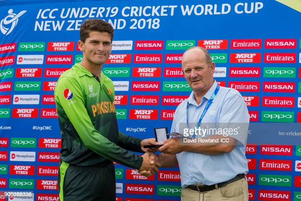 Shaheen Afridi of Pakistan receives the player of the match award from Paul Tomich Chairman of Northland Cricket at the ICC U19 Cricket World Cup...