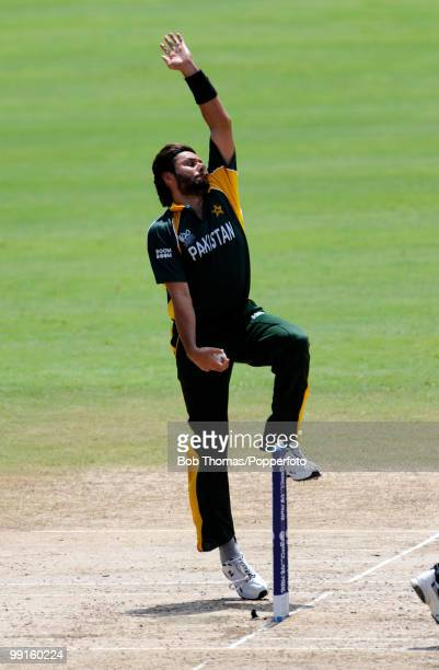 Shahid Afridi bowling for Pakistan during the ICC World Twenty20 Super Eight match between New Zealand and Pakistan at the Kensington Oval on May 8...