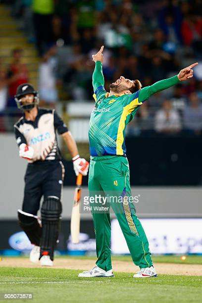 Shahid Afridi of Pakistan celebrates his wicket of Grant Elliott of New Zealand during the first T20 match between New Zealand and Pakistan at Eden...