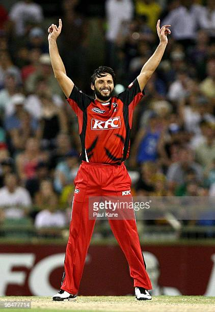 Shahid Afridi of the Redbacks celebrates the wicket of Brad Knowles during the Twenty20 Big Bash match between the West Australian Warriors and the...