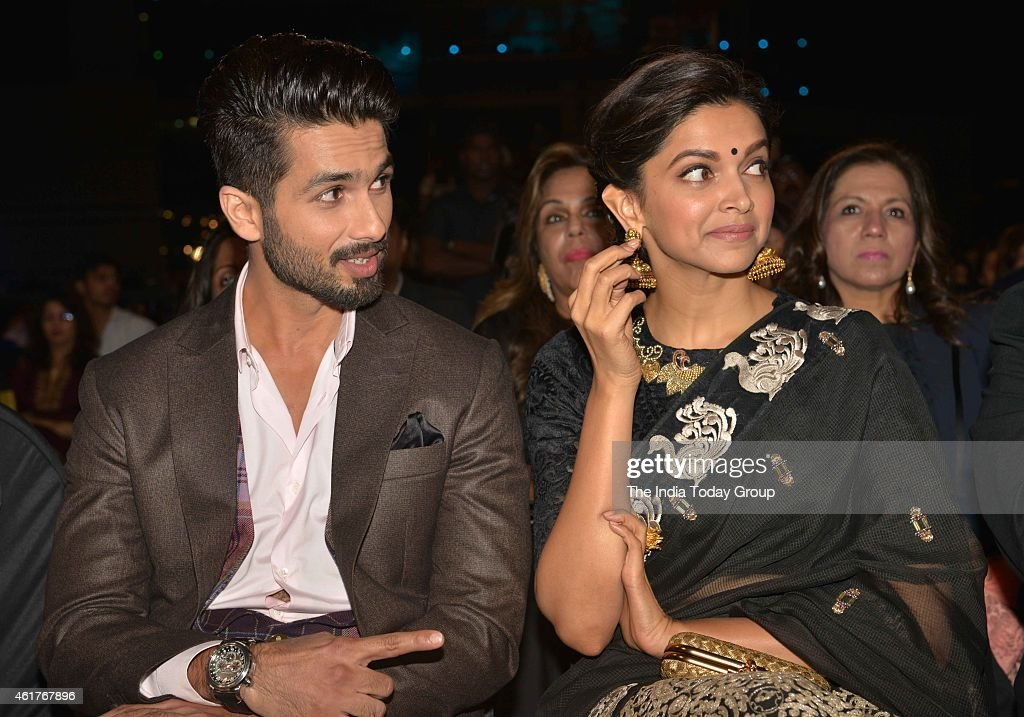 Life Ok Screen Awards 2015 Stock Photos and Pictures | Getty Images