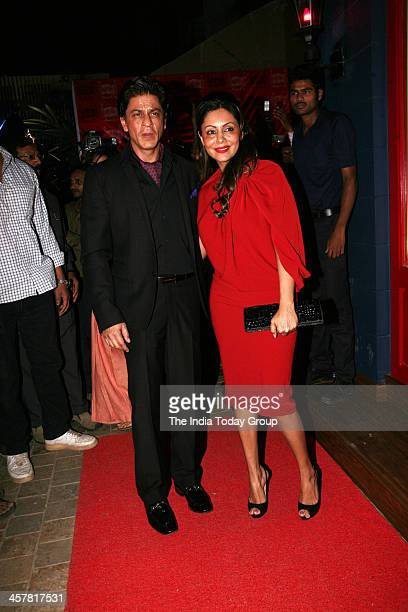 Shahrukh Khan and Gauri Khan at the launch of Sussanne Roshan Seema Khan and Maheep Kapoors luxury concept retail boutique Bandra 190 in Mumbai