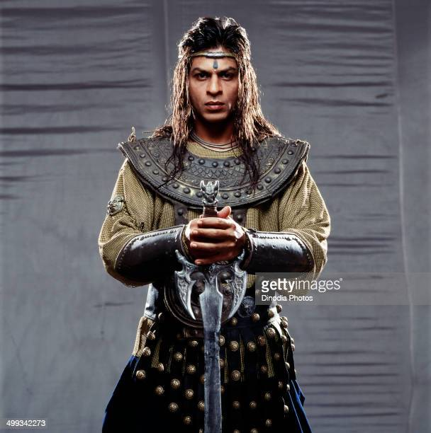 2001 Shahrukh Khan in movie Ashoka