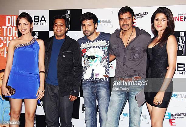 Shahzahn Padamsee Omi Vaidya Emran Hashmi Ajay Devgan and Shradha Das at the unveiling of the first look of the film Dil Toh Bachcha Hai Ji in Mumbai...