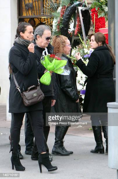 Shaila Durcal Antonio Morales Junior Fedra Llorente and Camen Morales attend the funeral for Carmen Barretto Valdes who died at 97 years old at La...