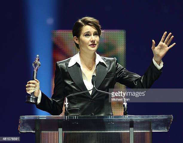 Shailene Woodley accepts the Female Star of Tomorrow award at The CinemaCon Big Screen Achievement Awards at Cinemacon 2014 Day 4 held at The...