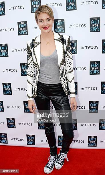 Shailene Woodley attends 'The Fault In Our Stars' Nashville red carpet and fan event with Shailene Woodley Ansel Elgort Nat Wolff and John Green at...