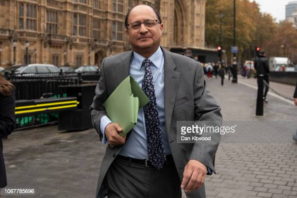 Shailesh Vara the former Minister of State at the Northern Ireland Office walks through Westminster after resigning as a minister on November 15 2018...