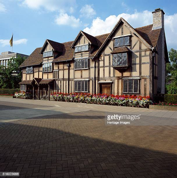 Shakespeare's Birthplace Henley Street StratforduponAvon Warwickshire c2000s Exterior view of the house where William Shakespeare was born in 1564...