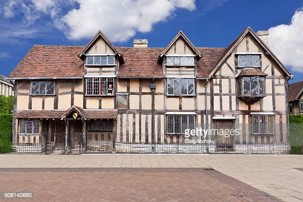shakespeare's birthplace, stratford-upon-avon, warwickshire, england, united kingdom. - birthplace stock photos and pictures