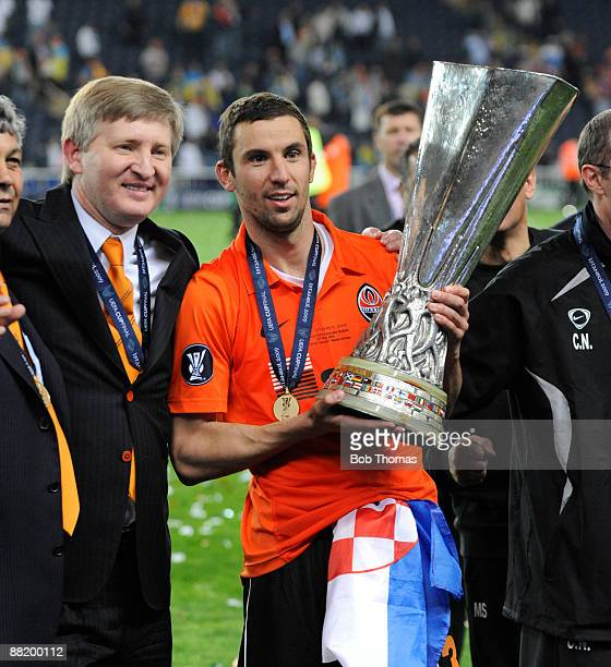 Shakhtar Donetsk owner Rinat Akhmetov and captain Darijo Srna celebrate with the trophy after victory in the UEFA Cup Final between Shakhtar Donetsk...