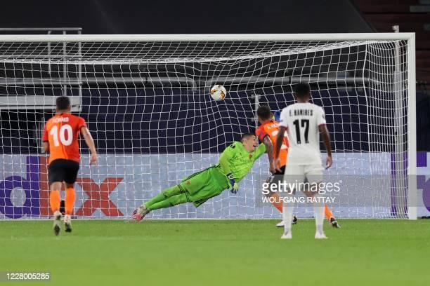 Shakhtar Donetsk's Brazilian midfielder Alan Patrick scores a goal during the UEFA Europa League quarter-final football match Shakhtar Donetsk v FC...