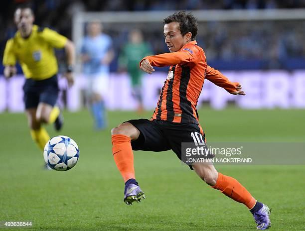 Shakhtar Donetsk's Brazilian midfielder Bernard controls the ball during the UEFA Champions League Group A firstleg football match between Malmo FF...