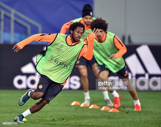 Shakhtar Donetsk's Brazilian player Fred takes part in a training session at Arena Lviv Stadium in Lviv on November 2 2015 day before the UEFA...