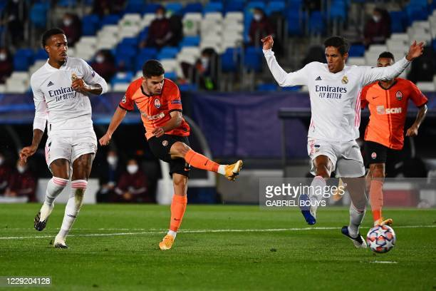 Shakhtar Donetsk's Israeli forward Manor Solomon scores a goal during the UEFA Champions League group B football match between Real Madrid and...