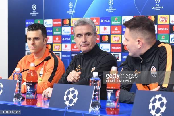 Shakhtar Donetsk's Portuguese head-coach Luis Manuel Ribeiro De Castro and Brazilian forward Junior Moraes attend at a press conference at the...