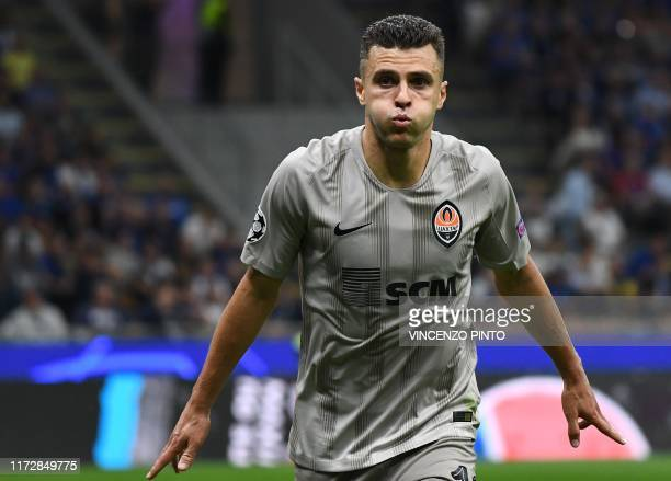 Shakhtar Donetsk's Ukrainian forward Junior Moraes celebrates after scoring an equalizer during the UEFA Champions League Group C stage football...
