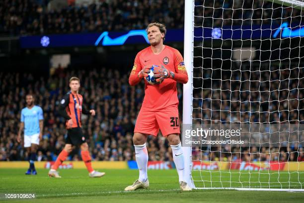 Shakhtar goalkeeper Andriy Pyatov looks on during the Group F match of the UEFA Champions League between Manchester City and Shakhtar Donetsk at the...