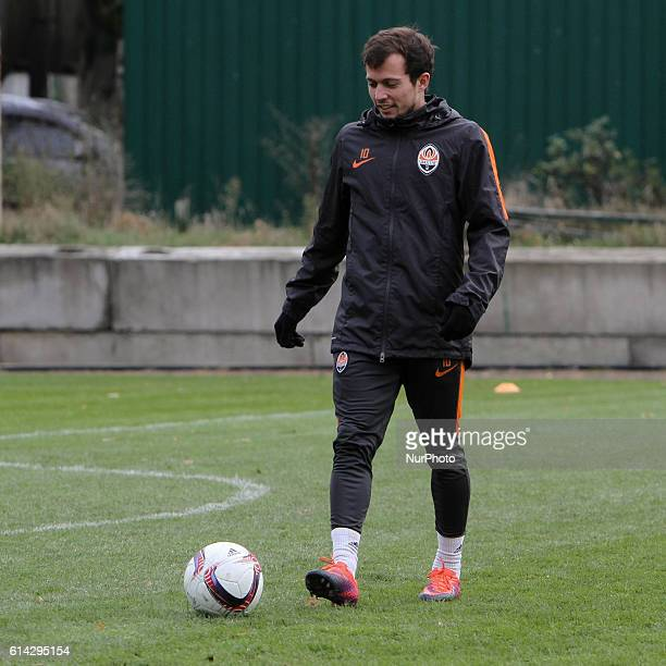 Shakhtar's midfielder Bernard is seen during the team training October 13 2016 FC Shakhtar Donetsk trains facing the UEFA Europa League match with...