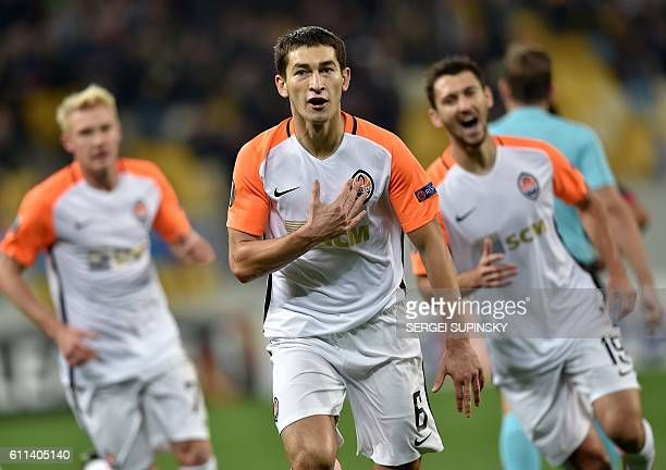 FC Shakhtar's Taras Stepanenko celebrates after scoring during the UEFA Europa League group H football match between FC Shakhtar Donetsk and SC Braga...