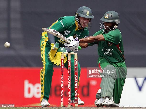 Shakib Al Hasan of Bangladesh sweeps during the second One Day International match between Bangladesh and South Africa at Shere Bangla National...