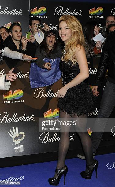 Shakira arrives at the ''40 Principales'' Awards at the Palacio de Deportes on December 11 2009 in Madrid Spain