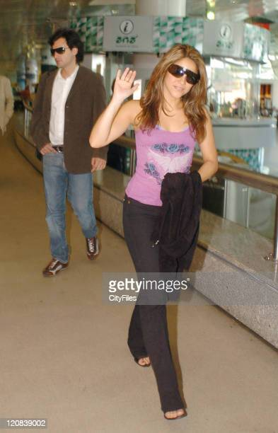 Shakira arriving at Lisboa airport with her boyfriend Antonio de la Rua Shakira is in Lisbon to participate at the Rock In Rio music festival that...