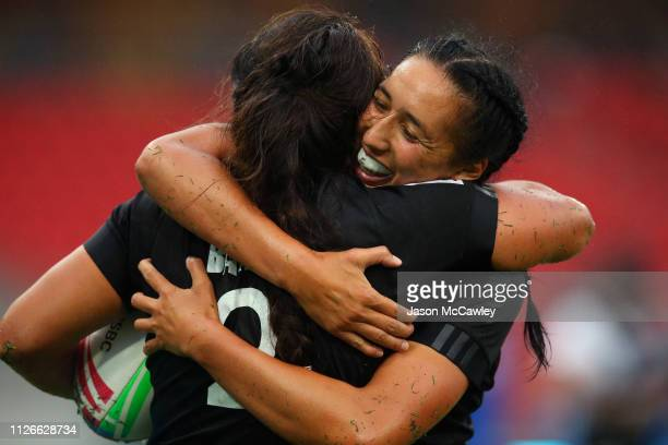 Shakira Baker of New Zealand and Sarah Hirini of New Zealand celebrate a try in the Pool Match played between New Zealand and England during the 2019...