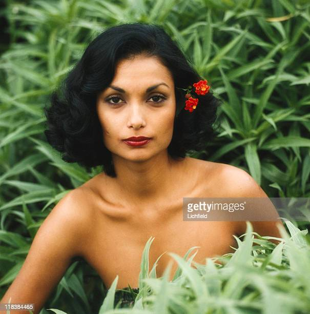 Shakira Caine Guyana born model and actress clothes and costume jewellery designer in the garden at home in Beverley Hills USA 8th October 1980