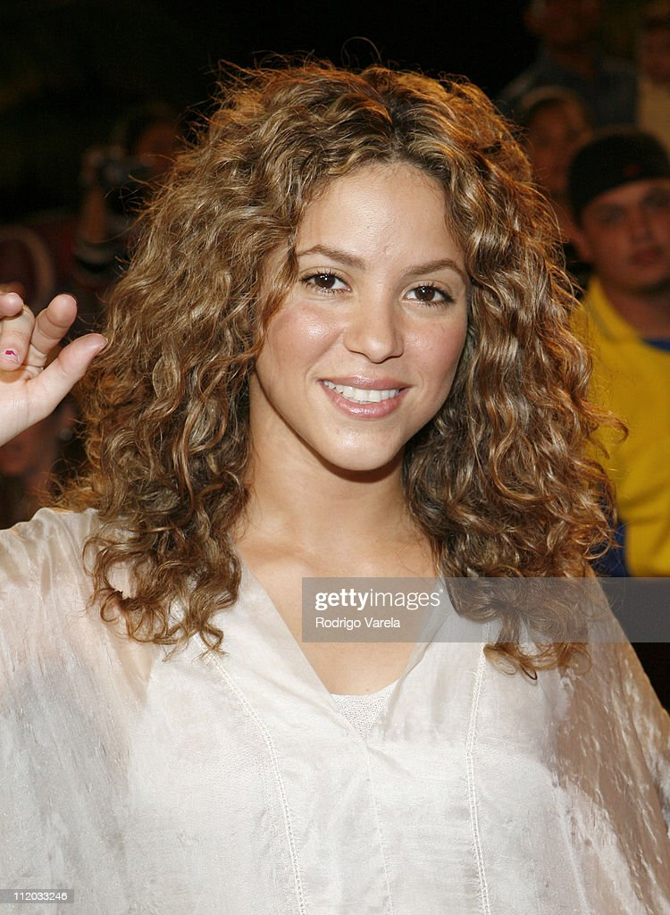 Shakira during 2006 Premio Lo Nuestro - Red Carpet Arrivals at American Airlines Arena in Miami, Florida, United States.